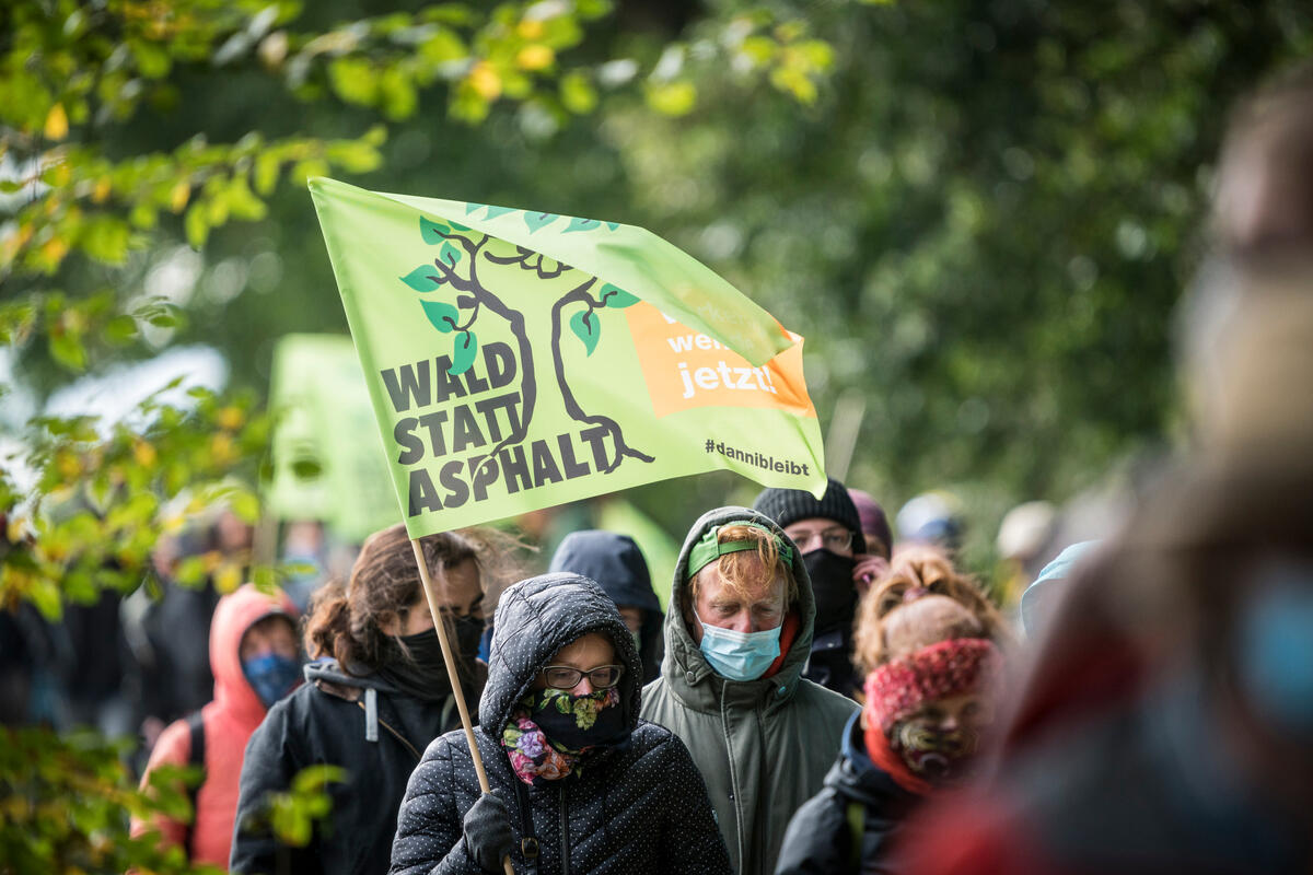 Demonstration at Dannenroeder Forest, © Bernd Lauter / Greenpeace